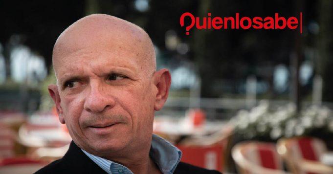 Hugo Carvajal entrega