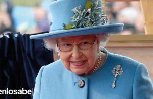 Reina Isabel pasaporte